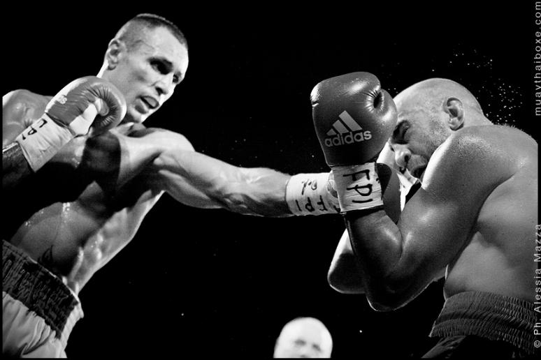 Italian Middleweight Title : SIMONE ROTOLO Vs LORENZO COSSEDDU